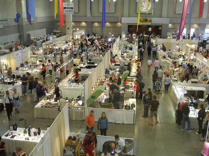 1200px Tucson Gem and Mineral Show TM.jpg?auto=compress%2Cformat&fit=scale&h=600&ixlib=php 1.2 - Trade Fairs