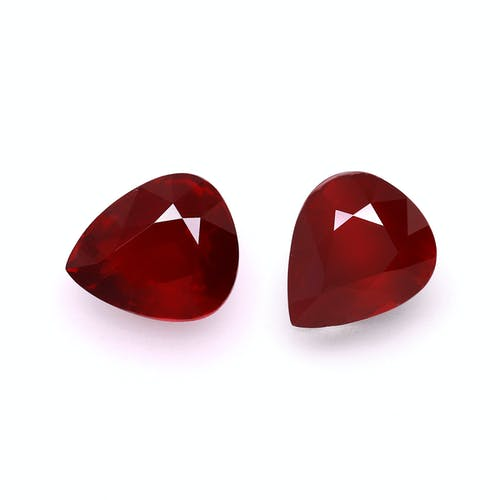 NA53-17 : 10.06ct Pigeons Blood Mozambique Ruby – 11x9mm Pair
