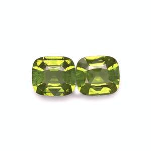 PD0068 : 7.94ct Pistachio Green Peridot – Pair