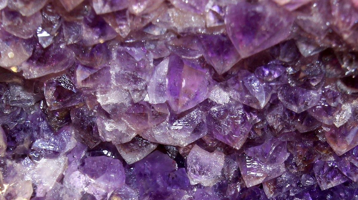 amethyst crystal.jpg?auto=compress%2Cformat&fit=scale&h=673&ixlib=php 1.2 - Amethyst: Mythology, Powers and Symbolism